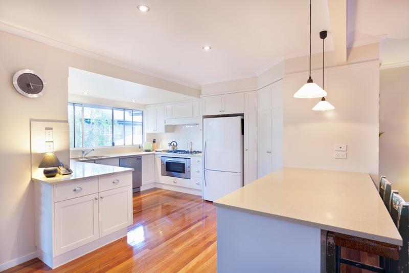 Plan de maison rt2012 en l constructeur de maisons m tre for Cuisine 6 metre carre