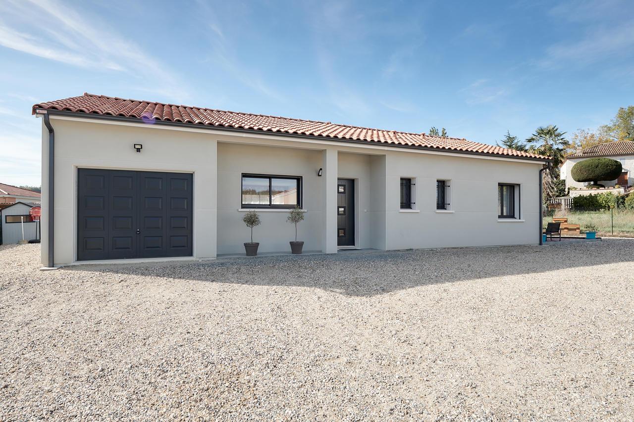 Constructeur Maison Contemporaine Toulouse 90m2 habitables à saint caprais de lerm   constructeur de