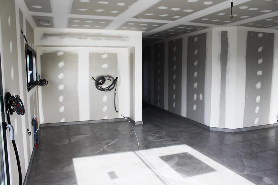 les tapes du chantier de brax constructeur de maisons m tre carr. Black Bedroom Furniture Sets. Home Design Ideas
