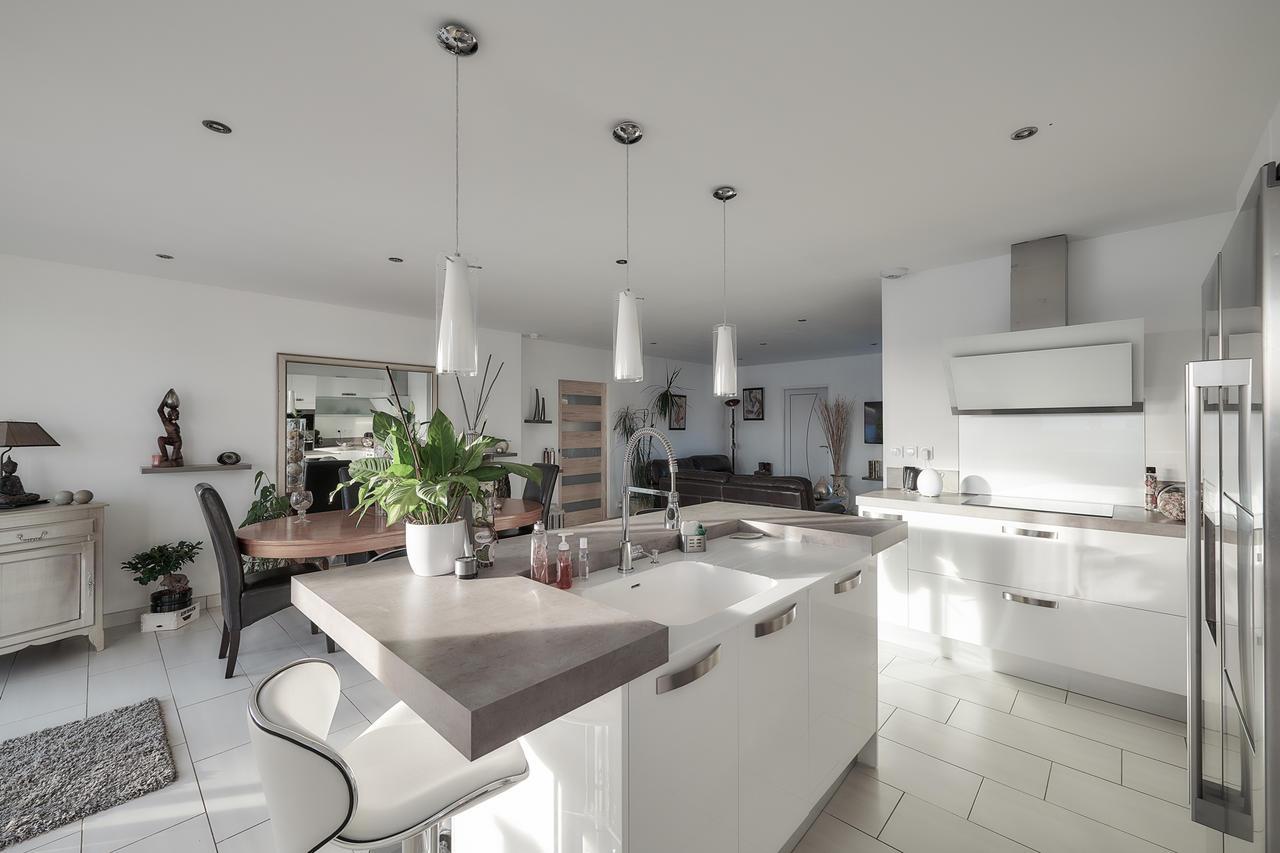 Une maison zen et confortable constructeur de maisons - Extra cuisine toulouse ...
