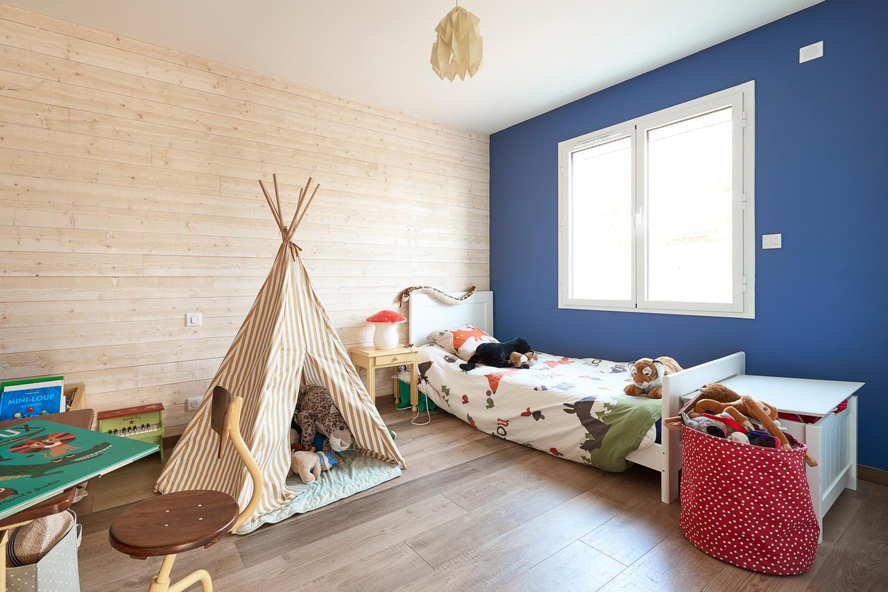 Une maison familiale de 170m2 layrac lot et garonne for Chambre 8 metre carre