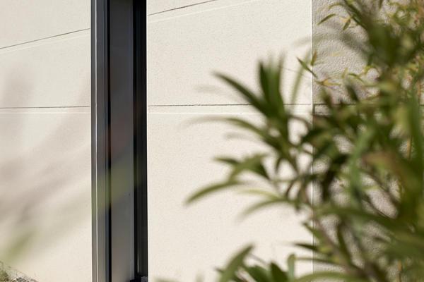 Menuiserie anthracite verticale - constructeur de maisons Mètre Carré