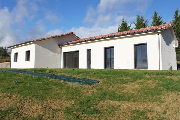 Maison RT2012 de 145 m2 habitables proche Agen Centre