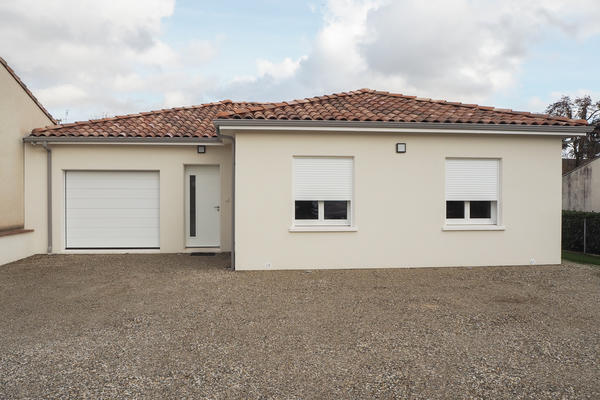 Construction d'une maison en L à Layrac