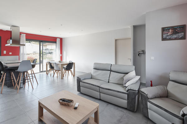 Pièce de vie contemporaine maison neuve - Constructeur Agen Bordeaux Toulouse