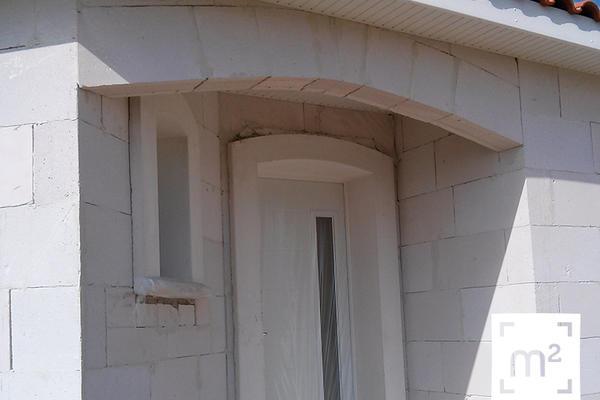 Porche d'entrée - Maison neuve en construction à Brax
