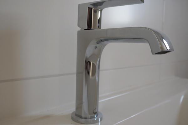 Mitigeur de salle de bain - Constructeur de maisons Mètre Carré Agen Bordeaux Toulouse
