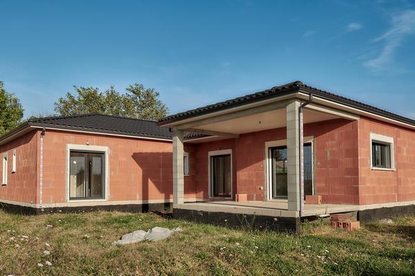 Maison neuve Mètre Carré Bon Encontre - Terrasse couverte Agen Bordeaux Toulouse