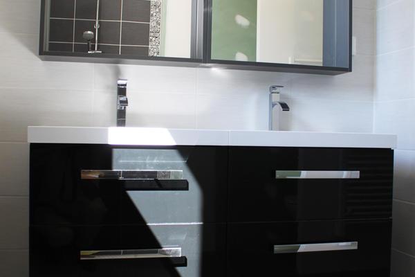 Salle de bain de l'étage - Maison Mètre Carré