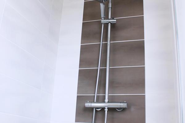 Salle de bain équipée - douche italienne Mètre Carré - Constructeur Agen Bordeaux et Toulouse