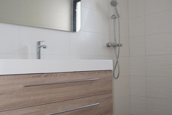 Equipements salle de bain, douche italienne et meuble vasque bois Constructeur Agen Bordeaux Toulouse