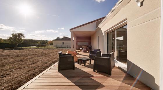 Terrasse couverte en bois, cuisine d'été et bardage Malèze - Constructeur Mètre Carré Agen Bordeaux Toulouse